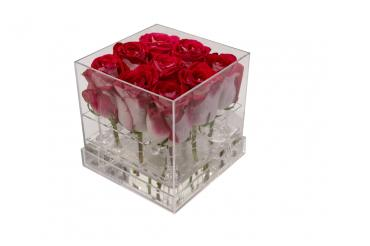 9 Fresh Roses in Acrylic Box